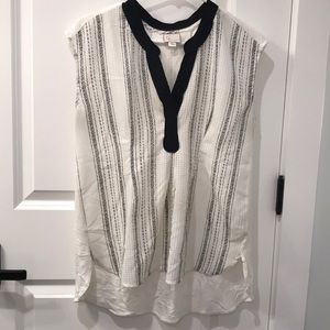 Anthropologie Top - loose fit, longer in the back